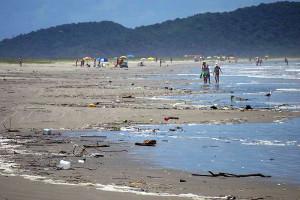 Governo promove debate inédito para resolver o problema de lixo no mar